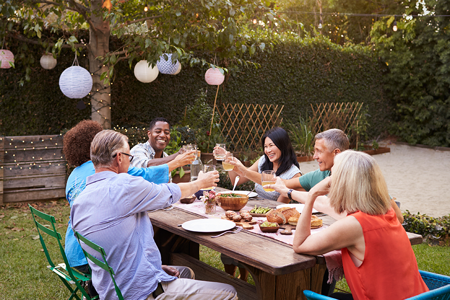 Dinner-Party-Dream-Finders-Homes-Active-Adult
